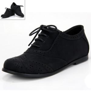布洛克休闲鞋加盟