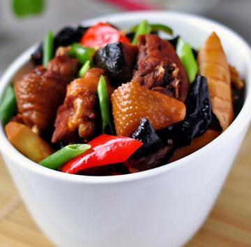 飛彤軒黃燜雞米飯加盟
