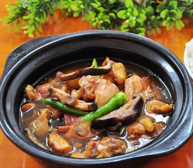 宋宇记黄焖鸡米饭加盟