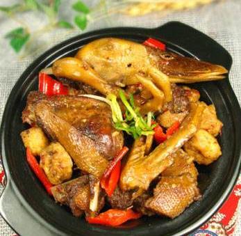 食必恩黃燜雞米飯加盟