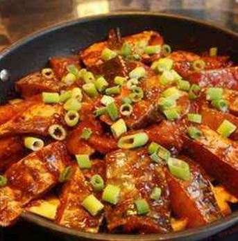 杜家鸡焖锅加盟