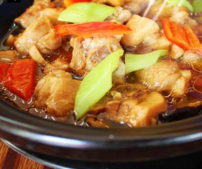 王記黃燜雞米飯過橋米線加盟