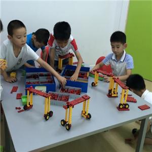 stem机器人教育加盟