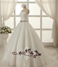 衣纱布飞婚纱加盟