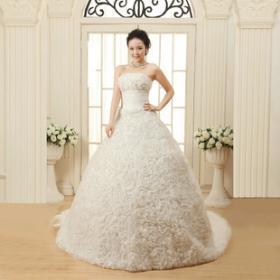 陶彩尔婚纱加盟