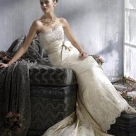 玛丽王婚纱礼服加盟