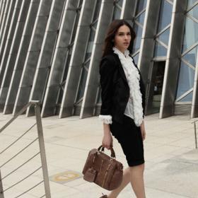 米兰纺织品女装招商加盟